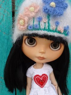 Love her sweet face - this could be perfect for my Alice AE
