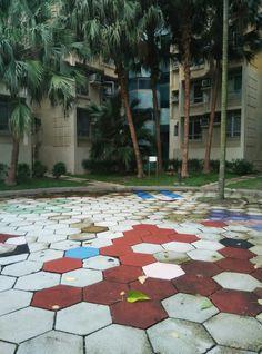 De stad als een kleurrijke puzzel.