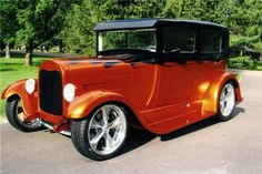 1929 FORD MODEL A CUSTOM 2 DOOR SEDAN