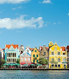 ABC Islands (Aruba, Bonaire, and Curaçao) have the perfect storm-free weather for a Fall honeymoon