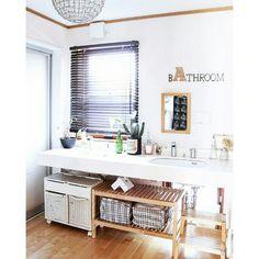 coKoさんの、バス/トイレ,IKEA,サボテン,ウッドブラインド,アルファベットオブジェ,ダブルボウル,ファブリックカレンダー,のお部屋写真