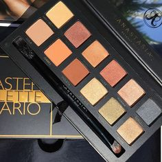 I could sit and take photos of this palette for hours. It is magic. To @makeupbymario, @norvina, @anastasiabeverlyhills and whoever else had a hand in the creative process behind this palette, you have created something of sheer beauty and unlike any other. This has already become a staple palette for me and I am still yet to play with it! 'Master Palette' is really the perfect name for it.  I am so excited that this has finally come to fruition for you, Mario. You should be so proud! ✨…