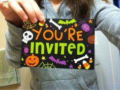 Halloween invitations. Pumpkin Costume, Halloween Invitations, Drink Sleeves, Party, Diy, Fiesta Party, Bricolage, Handyman Projects, Parties