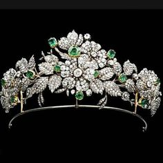 Famous floral tiara of Spain, one of the best and most beautiful ever!! Often worn by Queen Letizia, it can also be used as a necklace and separate brooch...