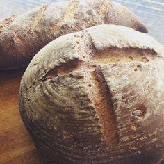 Spelt and walnut for lunch!! #explorebendigo #cooking #catering #bake #marketfood #bread #breadbaking #bendigo #bendigofood #delish #homemade #speltbread #spelt #melbournefoodie #melbournefoodies #visit #castlemaineartistmarket by piology_thestarvingartist