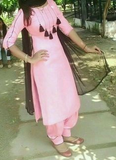 Punjabi Suit Neck Designs, Patiala Suit Designs, Salwar Neck Designs, Kurta Neck Design, Dress Neck Designs, Kurta Designs Women, Kurti Designs Party Wear, Stylish Dress Designs, Neck Designs For Suits
