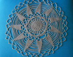 Vintage francese mano Centrino di pizzo Crochet, uncinetto centrini, centri tavolo Vintage, tabella Toppers, Pizzo Vintage, centrino uncinetto,