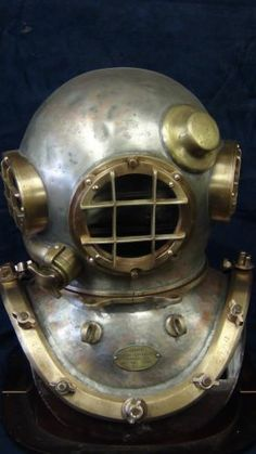 VINTAGE MORSE DIVING HELMET WITH MATCHING NUMBERS
