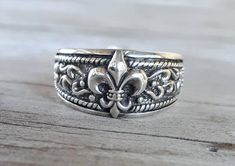Baroque, Retail Therapy, Sterling Silver Rings, Grunge, My Etsy Shop, Band, Vintage, Jewelry, Flowers