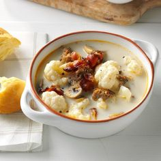 Tuscan Cauliflower Soup Recipe- Recipes A classic Tuscan soup has lots of potatoes, but I make mine the low-carb way with cauliflower. Turns out, it has a heartier flavor. —Heather Bewley, Bemidji, MN This soup is great! Quick Soup Recipes, Quick And Easy Soup, Cheesy Recipes, Cooking Recipes, Healthy Cooking, Cooking Tips, Keto Recipes, Wonton Recipes, Chilli Recipes