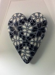 Black and white heart inspired by Donna Kato