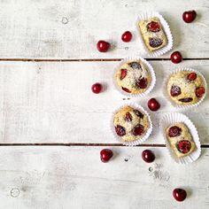 Cherry cakes with lemon and poppy seeds / Кексы с черешней и маком