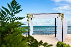 Unique details for your beach wedding at Grand Velas Riviera Maya.