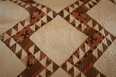Quilting on the Mon: A few more quilts from The Gr.County H.S. Antique Quilts, Vintage Quilts, Hand Quilting Designs, Historical Society, Blanket, Antiques, Antiquities, Antique, Blankets