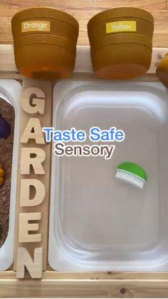 Baby Learning Activities, Sensory Activities Toddlers, Montessori Activities, Preschool Learning, Toddler Sensory Activities, Toddler Sensory Bins, Baby Sensory Play, Toddler Play, Baby Play