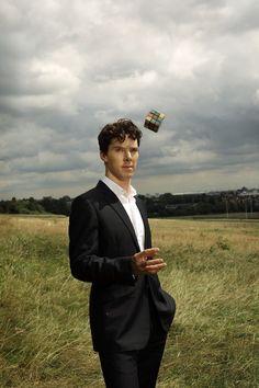 Benedict Cumberbatch - Star of Sherlock Sherlock Bbc, Sherlock Holmes Benedict Cumberbatch, Benedict Cumberbatch Sherlock, Sherlock Quotes, Jim Moriarty, Watson Sherlock, Sherlock Poster, Johnlock, Martin Freeman