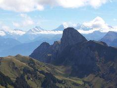Einer der schönsten Höhenwege des Berner Oberlandes mit grandiosem Panorama: Stockhornkette French Alps, France, Half Dome, Hiking Trails, Tour, Mount Everest, Between, Mountains, Nature