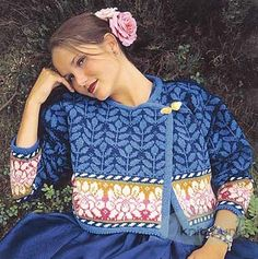 Winding Yarn: A Knitter's Garden-Solveig Hisdal for Oleana - great website! Fair Isle Knitting Patterns, Knitting Stitches, Knitting Buttonholes, Knitting Books, Knitting Projects, Knitting Kits, Punto Fair Isle, Poncho, Sweater Making