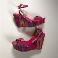 """Cutest wedges ever These colorful wedges will go with EVERYTHING & add a POP to any plain old outfit! Rarely worn as seen in pictures. Wedge measures about 4 1/4""""~ Super cute! Shoes Wedges"""
