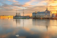 """35PHOTO - Гордеев Эдуард - открытка с """"Авророй"""" *** Things to see in St Petersburg Russia: http://www.bestguides-spb.com/tour1.html *** #SaintPetersburg #StPetersburg #SanktPeterburg #BestOfStPetersburg #StPetersburgSights"""