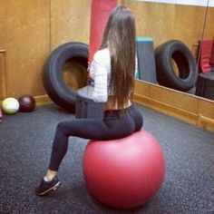 hot fit girl in yoga pants