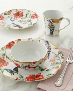 Love Tracy Porter dinnerware. I have a couple of sets and I adore ...