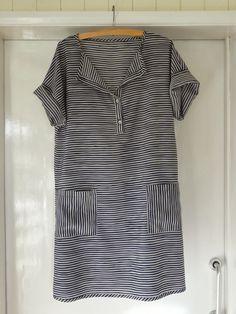 Dress D: Stylish Dress Book by Marilla Walker
