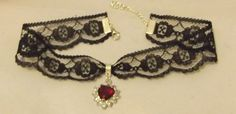 Gothic Black 25mm Lace Choker Necklace Chain With a 25mm Red and Clear Crystal Heart: Billie-jo: Amazon.co.uk: Jewellery