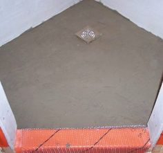 Planning a building a concrete-shower-pan and shower stall from mortar Shower Base, Glass Shower, Walk In Shower, Diy Shower, Concrete Shower Pan, Shower Lighting, Shower Tile Designs, Small Bathroom, Master Bathroom