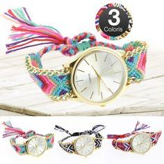 Découvrez aujourd'hui en avant-première sur Trend-Corner le phénomène mode de cet été : la Montre Brésilienne à quartz ! Son bracelet brésilien de différentes couleurs donnera du peps à tous vos looks ! Esthétique et fonctionnel, ce bijou fantaisie est un indispensable à adopter sans plus attendre !