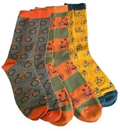 3 pair pack of Men's socks with a bike pattern.  £17.50 with FREE UK Delivery  Excellent quality, soft and stretchy bamboo / cotton blend fabric ( 54% viscose ( Bamboo ) 22% Cotton, 16% Polyester, 6% Nylon, 2% Elastane )  One size ( Men's UK Shoe size 8 - 12 ) Prom Accessories, Bamboo Socks, Cat Scarf, Cycling Wear, Men's Socks, Free Uk, Clutch Bag, Bicycle, Pairs