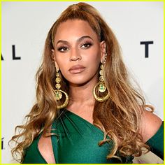 Beyonce Has a New Line of Holiday Products – Shop Now!