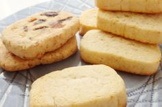 Cookies, Drink, Desserts, Food, Crack Crackers, Tailgate Desserts, Beverage, Deserts, Biscuits
