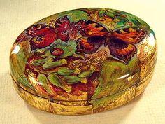 """""""Butterflies & Ladybug"""" Lacquer Art by M Zotova (Fediskino)"""