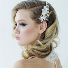 Magnificent Elegant Retro Hairstyles for Women – Vintage Hairstyles – Beautiful retro hairstyle for wedding  The post  Elegant Retro Hairstyles for Women – Vintage Hairstyles – Beautiful retro hair ..