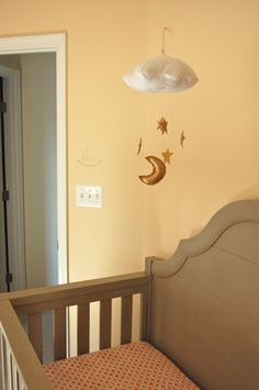 Project Nursery - Cloud and Stars Nursery Mobile