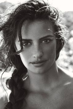 Penelope Cruz  Exquisite to look at, beautiful to see.