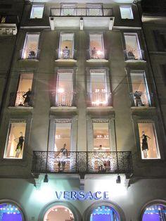 Versace store , VFNO Milan