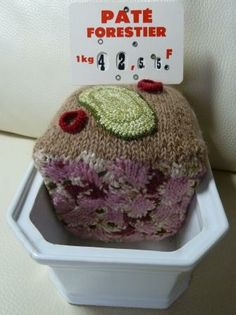 """knitted """"pâté forestier"""" by Madame Tricot"""