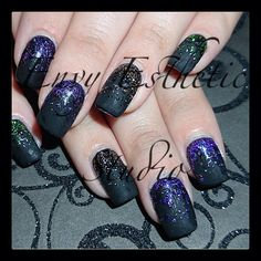 Matte black gel nails with glitter nailart