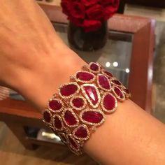 Incredible Ruby and Diamond Bracelet von - Diamond Jewelry Designs 2019 . - Incredible Ruby and Diamond Bracelet von – Diamond Jewelry Designs 2019 … – Unglaubl - Ruby Jewelry, Turquoise Jewelry, Diamond Jewelry, Gemstone Jewelry, Silver Jewelry, Fine Jewelry, Silver Ring, Ruby Bracelet, Diamond Bracelets