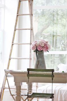 photo ladder-scandinavian-interior-5_zps88699217.jpg
