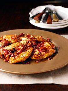 Chicken schnitzel with bacon and white wine. Fast and easy supper from Nigella Lawson. Schnitzel Recipes, Chicken Schnitzel, Chicken Cutlets, Nigella Lawson, Chicken Bacon, Chicken Recipes, Chicken Wine, Maple Chicken, Tarragon Chicken