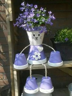 Kitty planter