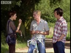 ▶ Do You Speak English? - Big Train - BBC comedy - YouTube