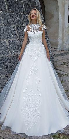 45 Casual Wedding Dresses Ideas for 2019 Weddings Perfect Wedding Dress, Dream Wedding Dresses, Designer Wedding Dresses, Bridal Dresses, Wedding Gowns, Bridesmaid Dresses, 2017 Wedding, 2017 Bridal, Lace Wedding