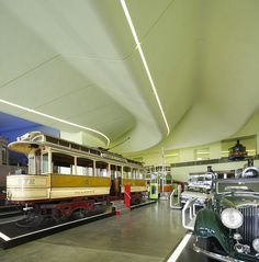 Сдан в эксплуатацию первый крупный объект Захи Хадид в Великобритании    Вчера, 21 июня, долгожданный Музей транспорта Глазго (Glasgow's Riverside Museum) принял пер�...