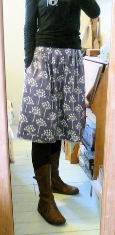 simplicity 2215 in my beloved Lotta Jansdotter fabric <3...super cool blog too