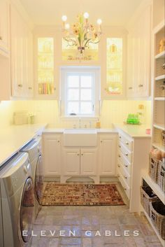 Eleven Gables Laundry | Butler's Pantry | Wrapping | Craft Room