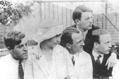 Uncredited Photographer, Radical artists Wieland Herzfelde, Eva and George Grosz, Rudolf Schlichter, John Heartfield, Berlin, 1922.
